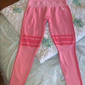 Elite seamless bombshell leggings